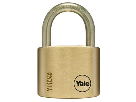 Gembok Yale Padlock Y 110 yale y110 50 127ss 1 y110 50mm brass padlock stainless