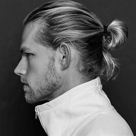 easy hairstyles guys love the man ponytail ponytail styles for men men ponytail