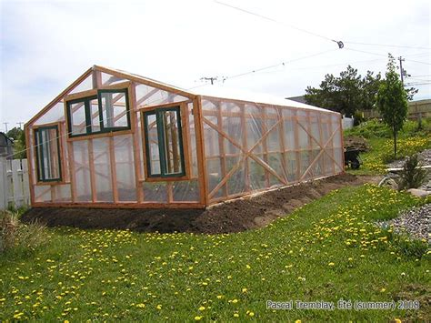 backyard greenhouse plans diy build greenhouse fondation ventiling and heating