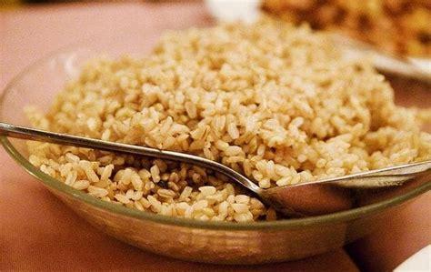 alimenti contenenti zuccheri carboidrati e palestra alimentazione sportiva