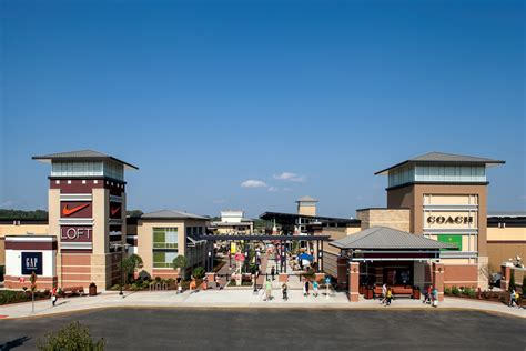 Do You Shop Outlet Malls by Do Business At St Louis Premium Outlets 174 A Simon Property