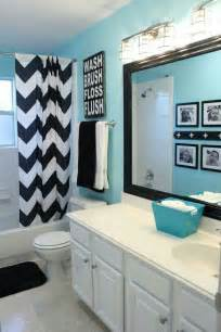 Teen Bathroom Ideas by 25 Best Ideas About Teen Bathroom Decor On Pinterest