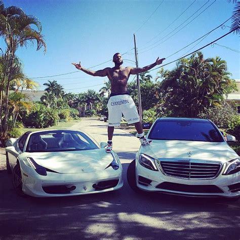 Gamis Jaguard Wafle Syari the living it up in miami cars