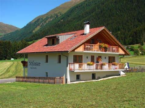 appartamenti valle di casies appartamenti in agriturismo schlosserhof valle di casies