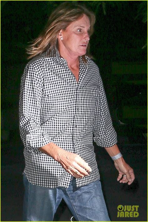 why does bruce jenner have long hair bruce jenner lets his long hair down still wears wedding