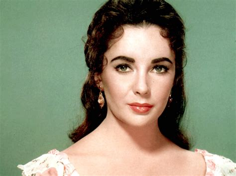 elizabeth taylor eye color purple  pics