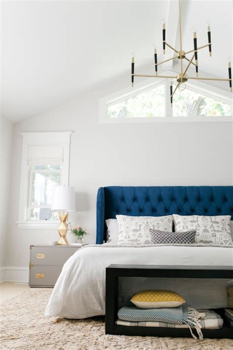 Contemporary Bedroom Chandeliers 10 Bedroom Chandeliers That Set The Mood