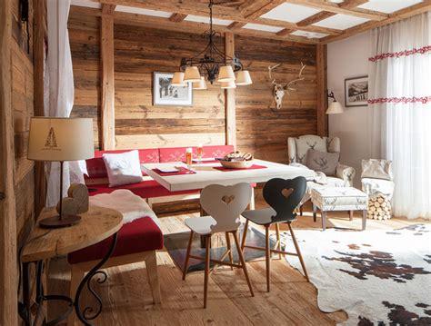 moderner chalet stil moderner chalet style rustic dining room other by