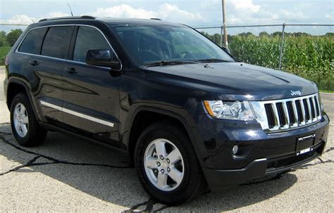 how it works cars 2011 jeep grand cherokee parental controls file 2011 jeep grand cherokee laredo nhtsa 1 jpg wikimedia commons
