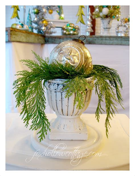 decorating with urns christmas edition fox hollow cottage