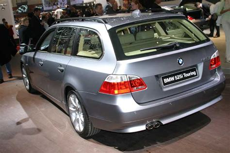 how does cars work 2004 bmw 5 series windshield wipe control image 2004 bmw 5 series touring geneva motor show size 700 x 467 type gif posted on
