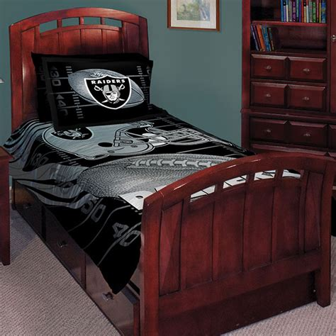 Raiders Bed Set Oakland Raiders Nfl Comforter Set 63 Quot X 86 Quot