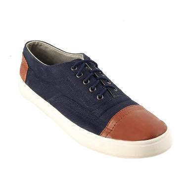 Terbaru Sepatu Pria Casual Sneakers Black Master Fowler Black Original jual sepatu sneakers pria ori harga kualitas terbaik blibli