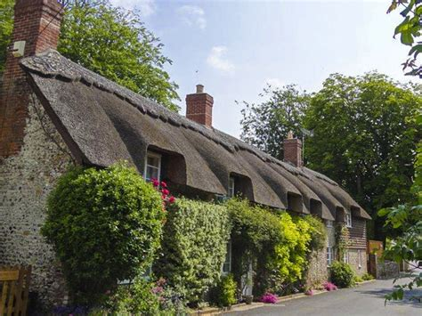 5 reasons to vote for sykes cottages in the 2015 british