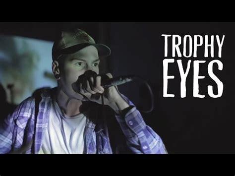 ugly pattern lyrics trophy eyes download trophy eyes mend move on 2014 mp3 320 kbps