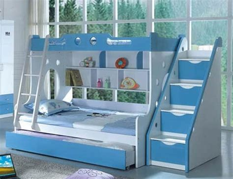 blue bunk bed triple bunk bed i don t understand why there s a ladder
