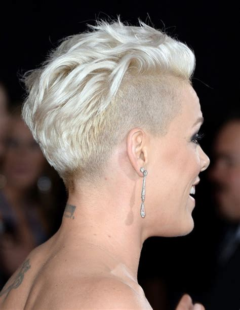 singer pink short hair more pics of pink fauxhawk 1 of 19 short hairstyles