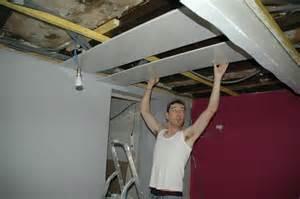 un plafond qui brille le de pozzynette
