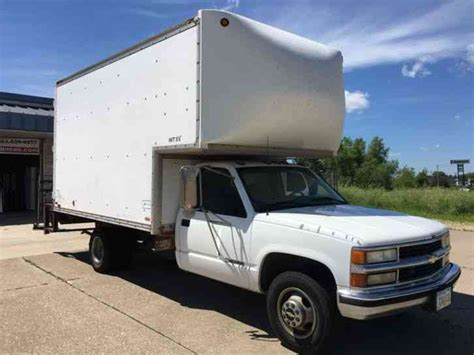chevrolet c3500 1995 box trucks