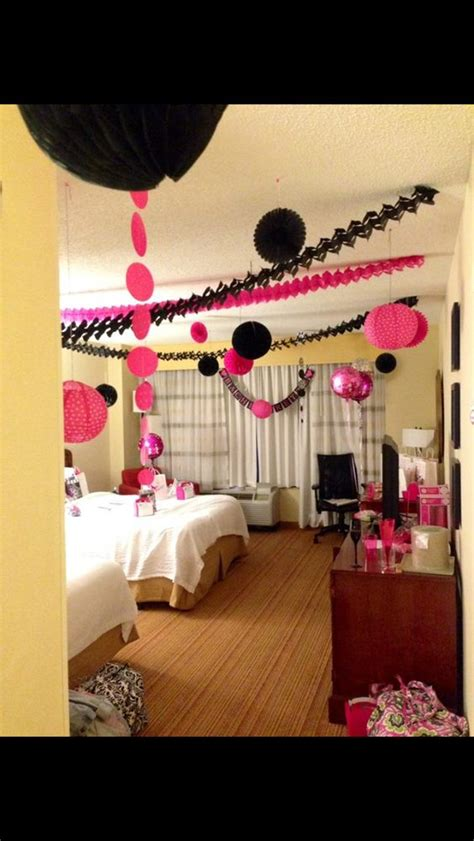 decorate a hotel room for your bachelorette party what