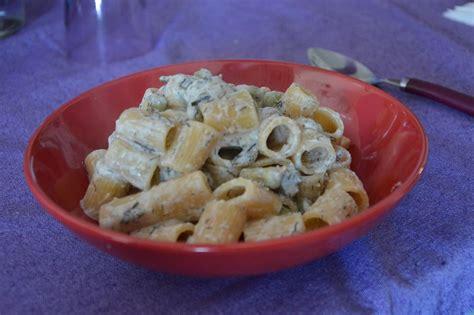 come si cucinano le fave pasta con fave e ricotta cucinato e mangiato