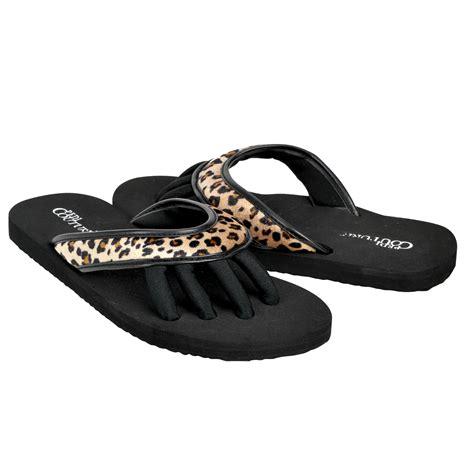 pedi couture sandals pedi couture new s pedicure spa toe separator