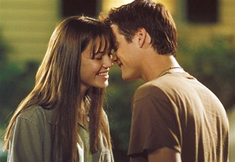 film love kiss e reviews movie review a walk to remember