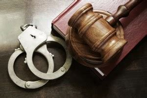 will a bench warrant show up in another state understanding bench warrants david w polsky law
