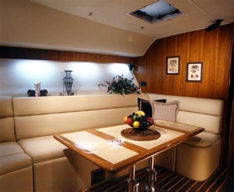 interni barche foto interno barca salotto de tappezzeria rocchetti