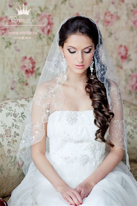 Wedding Hairstyles To The Side With Veil by Wedding Day Hair Curly Side Wedding