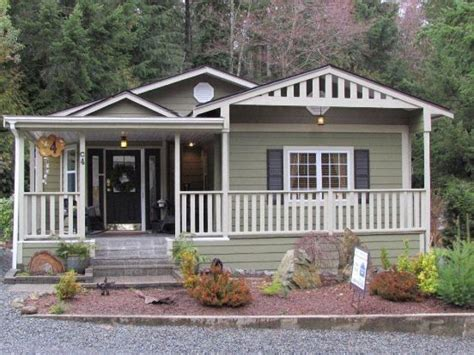 cool porch design for mobile homes furnished by glass windows mobile home addition google search mobile home