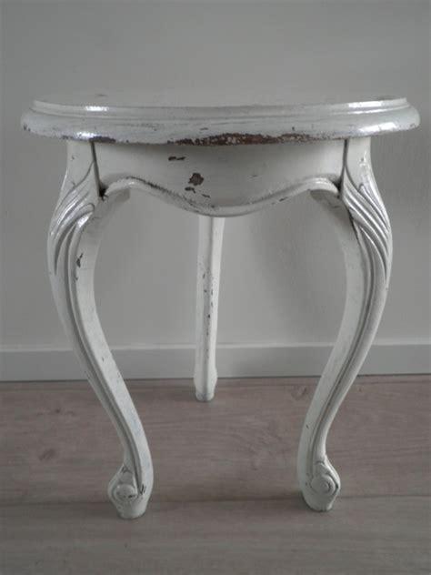 Klein Houten Tafeltje wit klein rond houten tafeltje verkocht uitverkocht