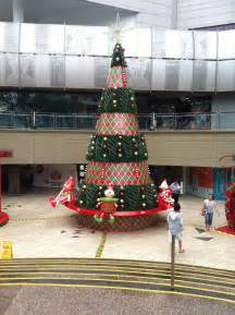 christmas in singapore parkway parade mall how it looks