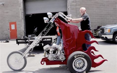 I Cherry C125 立って乗るバイク cherry it のデザインが奇抜すぎる motorcycle x