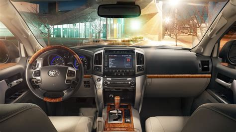 land cruiser interior toyota land cruiser interior pixshark com images
