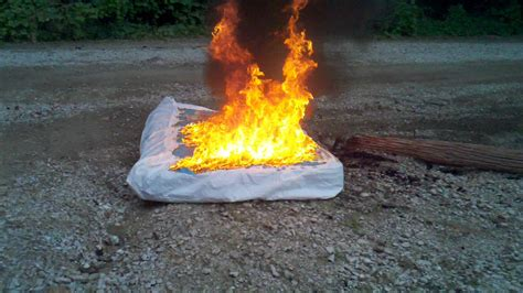 bed on fire bed bug infested mattress set on fire youtube