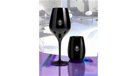 bicchieri neri vetro bicchieri in vetro sonoro neri pathos