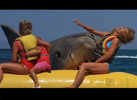 jaws story on boat christmas tv history jaws the revenge 1987