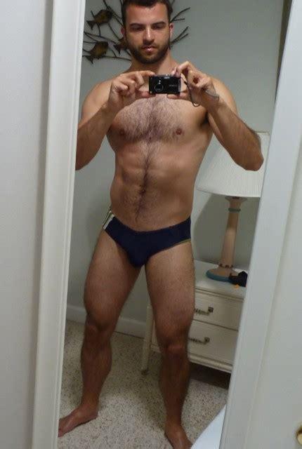 hombres bailando perreo super mega gayy hot men in their pants monday mirror men