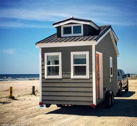 house on wheels couple swap their three bedroom home for a 200sq ft house