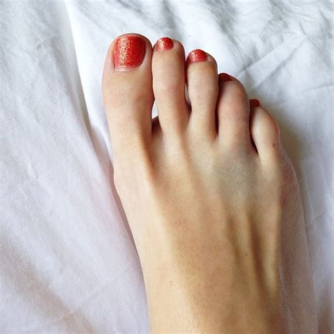 Broken Www Imgkid The Image Kid Has It broken toe treatment symptoms what to do healing time