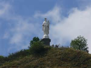 Photois panoramio photo of la vierge blanche murat cantal