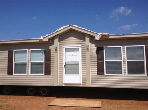 2013 clayton wide mobile home manufactured brand