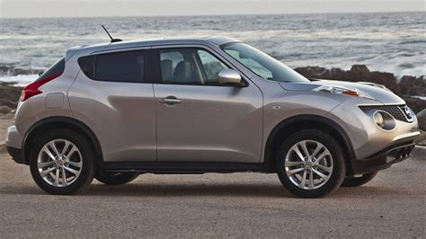 nissan juke recalls nissan recalls 7 400 vehicles in canada the globe and mail