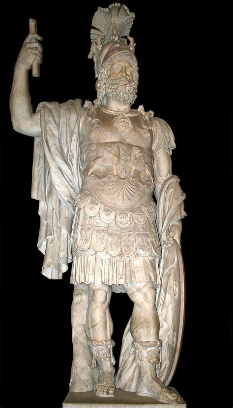 god statue 0 statue de mars pyrrhus musei capitolini mc0058 2
