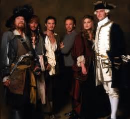 Pirates of the caribbean pirates of the caribbean 1727862 2050 1874