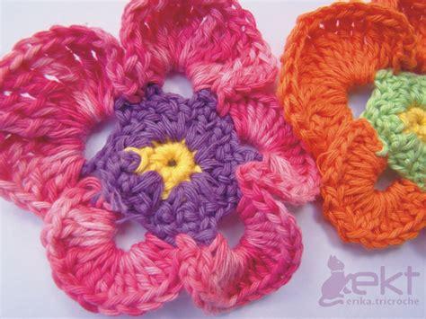 crochet flower pattern uk crochet flower pattern knitting gallery