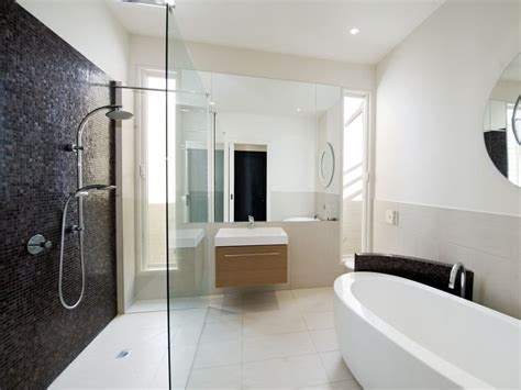Modern Bathroom Design With Freestanding Bath Using Modern Bathroom Images