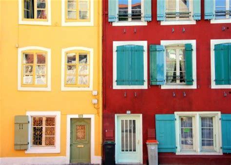 colorful doors jigsaw puzzle puzzlewarehouse com colorful buildings jigsaw puzzle