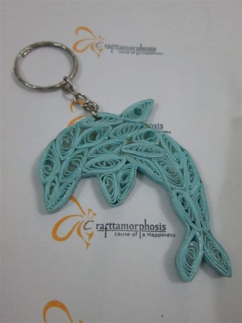 paper quilling keychain tutorial by crafttomorphosis paper quilling key chains pinterest